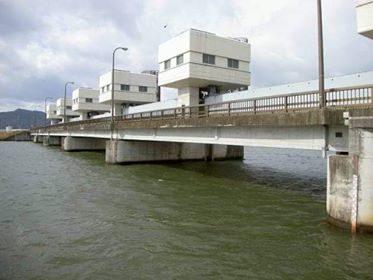 滋賀県民の生活は湖岸道路と水門に守られていた